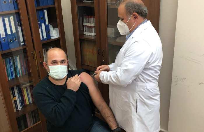 Eskişehir'deki İlk TURKOVAC Aşısı ESOGÜ Hastanesinde Yapıldı