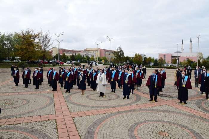 ESOGÜ 2021-2022 Akademik Yılı Açılış Töreni Gerçekleşti