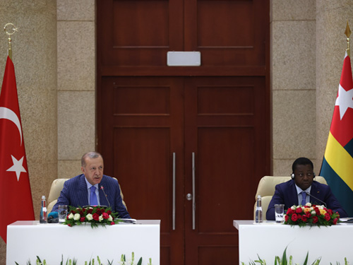 Togo ile siyasi, ekonomik, ticari ve askerî alanlarda iş birliğimizi ilerletme arzusundayız