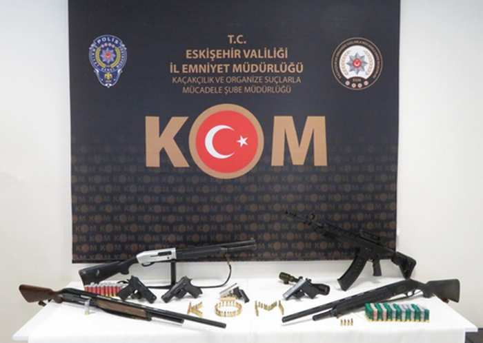 Silah Kaçakcılığı Operasyonu 6 Gözaltı