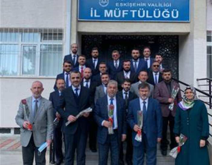 Eskişehir'e 17 Yeni Kurra Hafız Katıldı