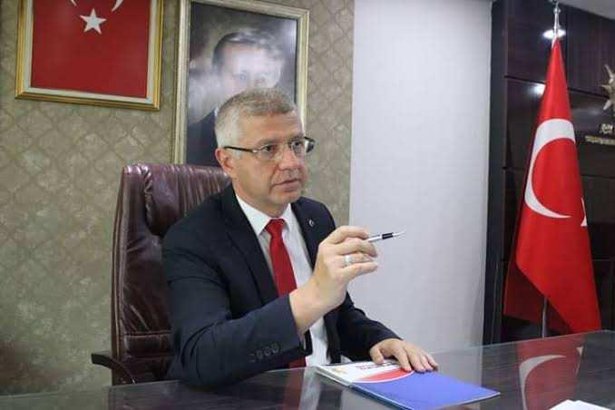 Başkan Acar'dan Odunpazarı Belediyesi'ne kapalı pazar yeri eleştirisi