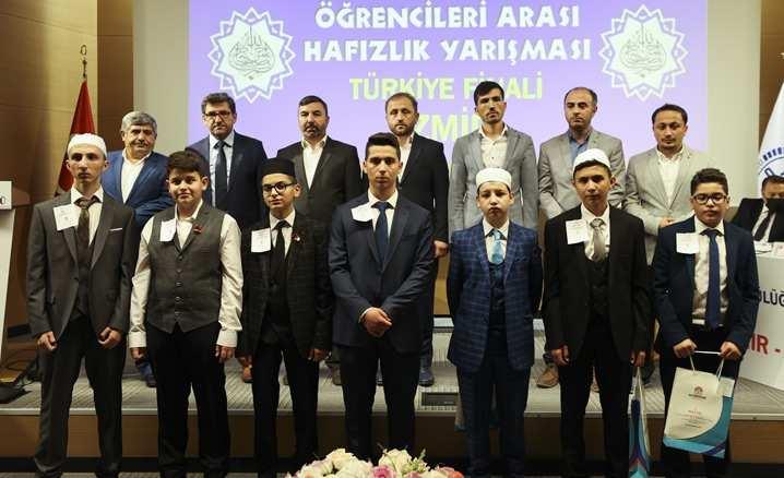 Kur'an Kursu Öğrencileri Arası Hafızlık Yarışması Türkiye Finali
